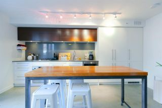 "Photo 6: 610 150 E CORDOVA Street in Vancouver: Downtown VE Condo for sale in ""INGASTOWN"" (Vancouver East)  : MLS®# R2315751"