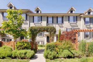 """Photo 2: 21145 80 Avenue in Langley: Willoughby Heights Condo for sale in """"YORKVILLE"""" : MLS®# R2597034"""