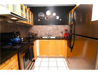 "Photo 2: 210 3131 MAIN Street in Vancouver: Mount Pleasant VE Condo for sale in ""CARTIER PLACE"" (Vancouver East)  : MLS®# V972221"