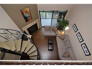 Photo 14: 404 505 Cook St in VICTORIA: Vi Fairfield West Condo for sale (Victoria)  : MLS®# 604595
