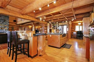 """Photo 9: 8400 GRAND VIEW Drive in Chilliwack: Chilliwack Mountain House for sale in """"Chilliwack Mountain"""" : MLS®# R2483464"""