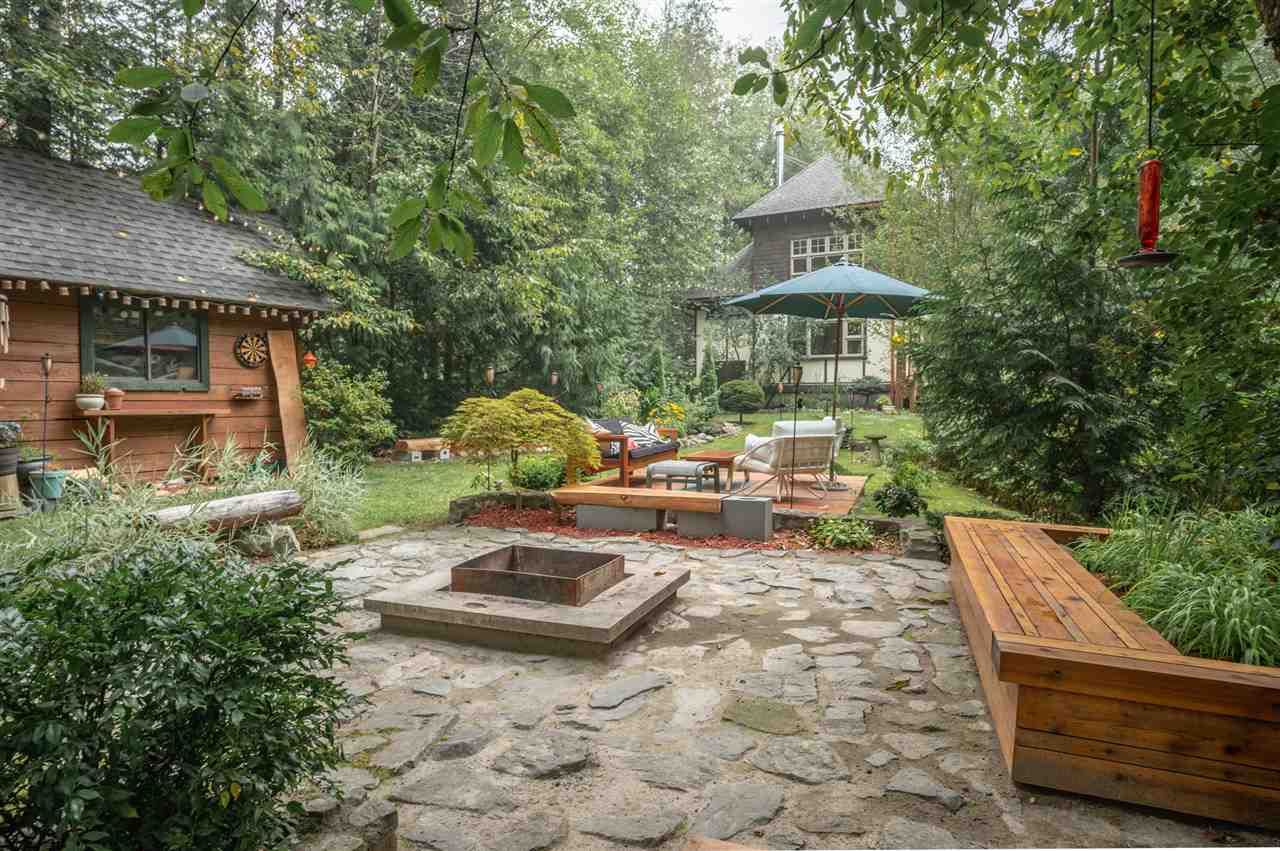 Photo 22: Photos: 41645 GOVERNMENT Road in Squamish: Brackendale House for sale : MLS®# R2515345