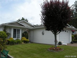 Photo 2: 44 Lekwammen Dr in VICTORIA: VR Glentana Manufactured Home for sale (View Royal)  : MLS®# 667054