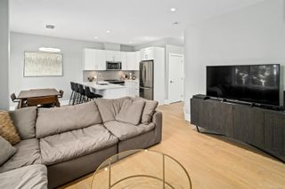 Photo 18: 2 3031 Jackson St in : Vi Hillside Row/Townhouse for sale (Victoria)  : MLS®# 878315