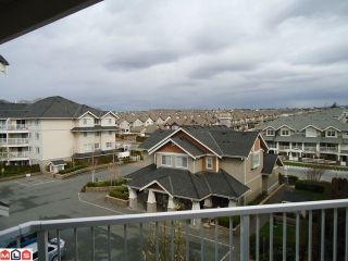 "Photo 4: 413 19388 65TH Avenue in Surrey: Clayton Condo for sale in ""LIBERTY"" (Cloverdale)  : MLS®# F1109869"