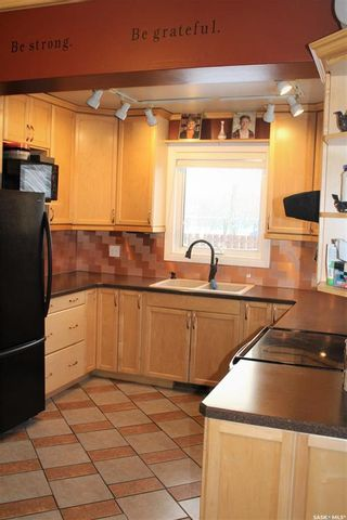 Photo 11: 310 Antrim Street in North Portal: Residential for sale : MLS®# SK841142