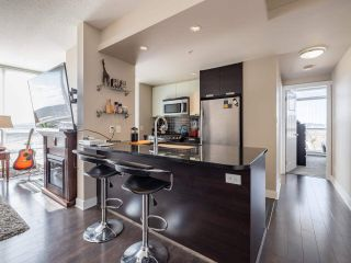 """Photo 3: 2301 2968 GLEN Drive in Coquitlam: North Coquitlam Condo for sale in """"Grand central II"""" : MLS®# R2552070"""