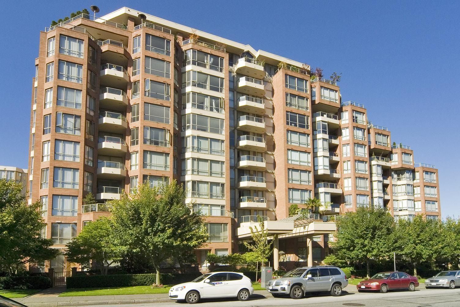 Main Photo: 3 2201 PINE STREET in Vancouver: Fairview VW Townhouse for sale (Vancouver West)  : MLS®# R2610918