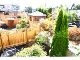 "Photo 8: 210 3131 MAIN Street in Vancouver: Mount Pleasant VE Condo for sale in ""CARTIER PLACE"" (Vancouver East)  : MLS®# V972221"