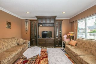 Photo 5: 12341 95A Avenue in Surrey: Queen Mary Park Surrey House for sale : MLS®# R2457932