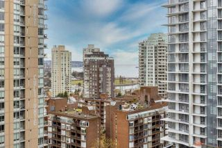 """Photo 13: 2002 1283 HOWE Street in Vancouver: Downtown VW Condo for sale in """"Tate Downtown"""" (Vancouver West)  : MLS®# R2562552"""