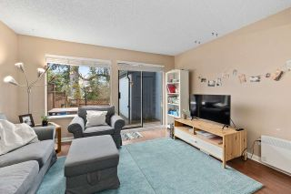 "Photo 4: 915 BRITTON Drive in Port Moody: North Shore Pt Moody Townhouse for sale in ""WOODSIDE VILLAGE"" : MLS®# R2554809"