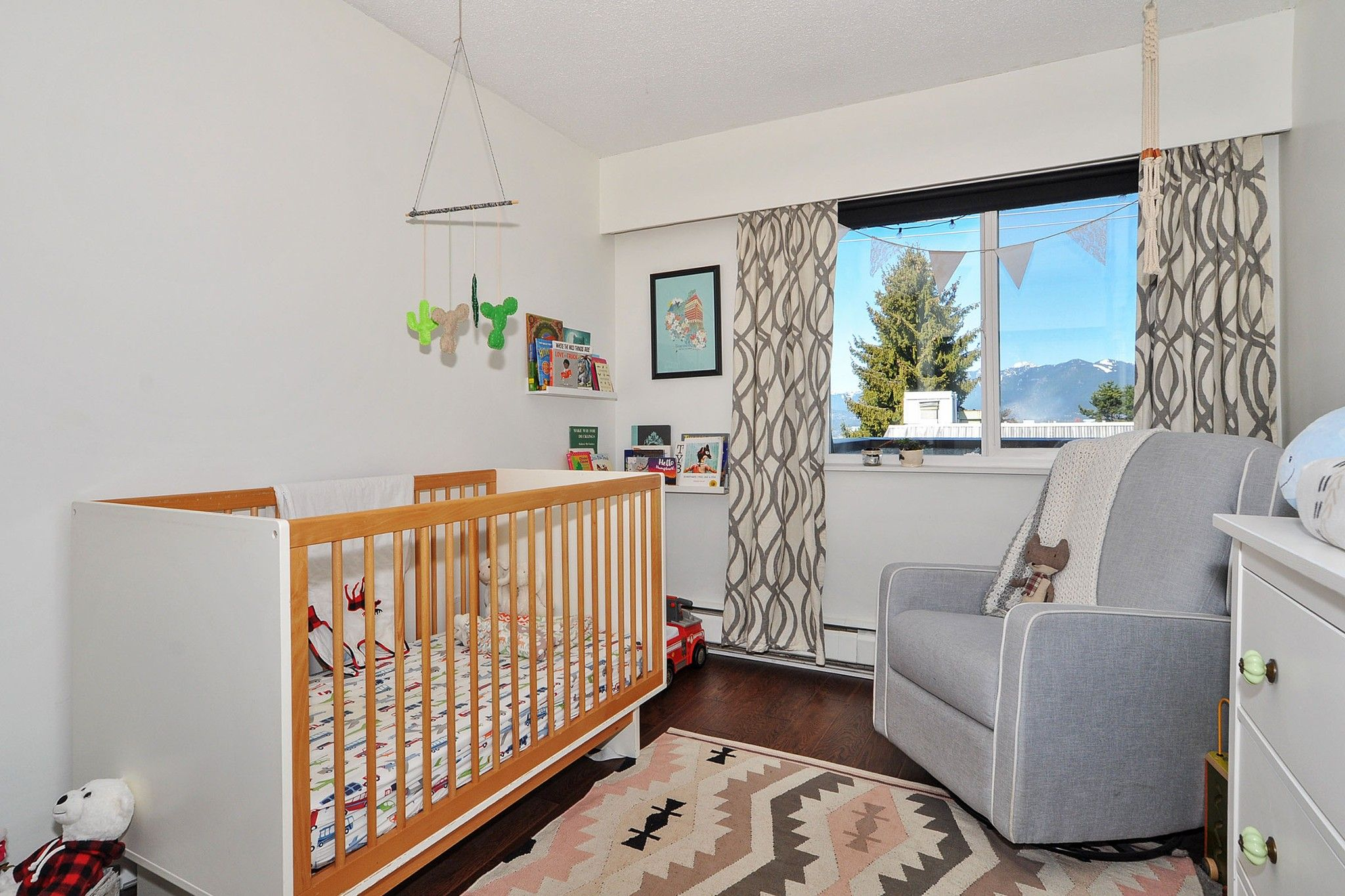 """Photo 12: Photos: 302 391 E 7TH Avenue in Vancouver: Mount Pleasant VE Condo for sale in """"OAKWOOD PARK"""" (Vancouver East)  : MLS®# R2352076"""