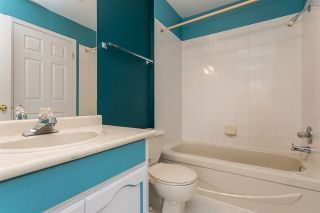 "Photo 27: 87 8737 212 Street in Langley: Walnut Grove Townhouse for sale in ""Chartwell Green"" : MLS®# R2557412"