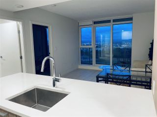 """Photo 6: 1203 285 E 10TH Avenue in Vancouver: Mount Pleasant VE Condo for sale in """"The Independent"""" (Vancouver East)  : MLS®# R2555430"""