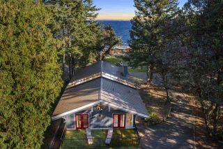 Photo 2: 536 BAYVIEW Drive: Mayne Island House for sale (Islands-Van. & Gulf)  : MLS®# R2509765