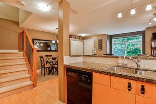 """Photo 14: 33 7488 SOUTHWYNDE Avenue in Burnaby: South Slope Townhouse for sale in """"LEDGESTONE 1"""" (Burnaby South)  : MLS®# R2176446"""