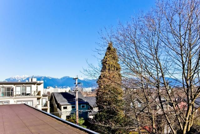 "Photo 1: Photos: 302 997 W 22ND Avenue in Vancouver: Cambie Condo for sale in ""THE CRESCENT"" (Vancouver West)  : MLS®# V873146"