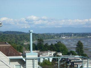 Photo 5: 15376 COLUMBIA Avenue: White Rock House for sale (South Surrey White Rock)  : MLS®# R2032006