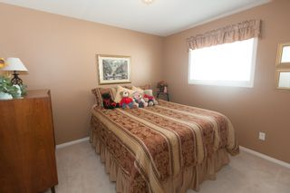 Photo 11: 526 RED WING DRIVE in PENTICTON: Residential Detached for sale : MLS®# 140034