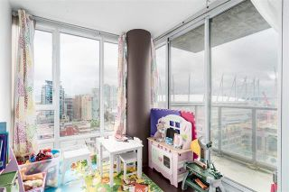 Photo 9: 2001 930 CAMBIE STREET in : Vancouver West Condo for sale : MLS®# R2093045