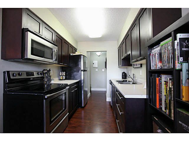 FEATURED LISTING: 306 - 2299 30TH Avenue East Vancouver