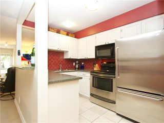 """Photo 9: 852 GREENCHAIN in Vancouver: False Creek Townhouse for sale in """"HEATHER POINT"""" (Vancouver West)  : MLS®# V1019589"""