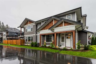 Photo 2: 4 10082 WILLIAMS Road in Chilliwack: Fairfield Island House for sale : MLS®# R2455575