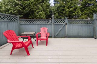 "Photo 8: 42 6633 138 Street in Surrey: East Newton Townhouse for sale in ""Hyland Creek Estates"" : MLS®# R2360110"