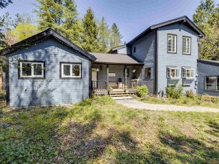 Photo 2: 24255 54 Avenue in Langley: Salmon River House for sale : MLS®# R2569756