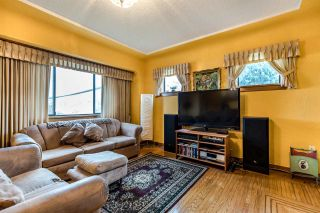 Photo 2: 2796 E 16TH Avenue in Vancouver: Renfrew Heights House for sale (Vancouver East)  : MLS®# R2435685
