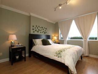 """Photo 9: 101 3629 DEERCREST Drive in North Vancouver: Roche Point Condo for sale in """"DEERFIELD AT RAVENWOODS"""" : MLS®# V803424"""