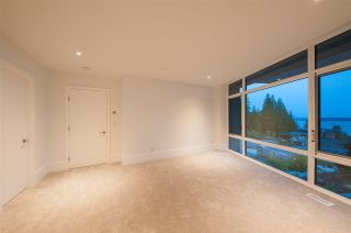 Photo 9: 2968 BURFIELD Place in West Vancouver: Cypress Park Estates House for sale : MLS®# R2586376