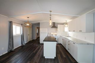 Photo 7: 14 Aspen One Drive in Steinbach: R16 Residential for sale : MLS®# 202112070