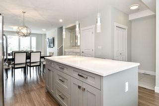 "Photo 11: 21038 77A Avenue in Langley: Willoughby Heights Condo for sale in ""IVY ROW"" : MLS®# R2474522"