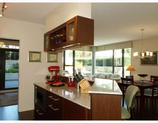 """Photo 3: 108 683 W VICTORIA Park in North_Vancouver: Central Lonsdale Condo for sale in """"Mira On the Park"""" (North Vancouver)  : MLS®# V782248"""
