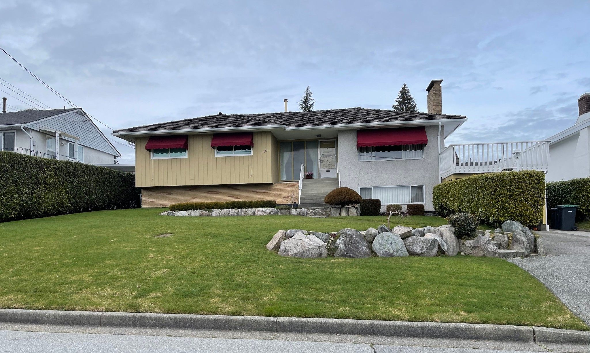 Main Photo: 1141 Madore Avenue in Coquitlam: Central Coquitlam House for sale