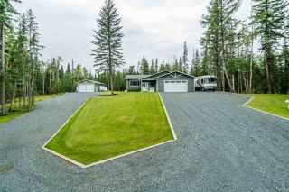 Photo 2: 2445 E SINTICH Avenue in Prince George: Pineview House for sale (PG Rural South (Zone 78))  : MLS®# R2485127