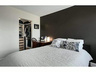 """Photo 7: 302 391 E 7TH Avenue in Vancouver: Mount Pleasant VE Condo for sale in """"OAKWOOD PARK"""" (Vancouver East)  : MLS®# V1000563"""