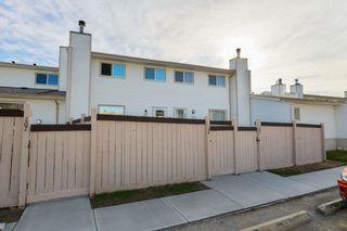 Photo 2: 168 MARLBOROUGH Place in Edmonton: Zone 20 Townhouse for sale : MLS®# E4264886