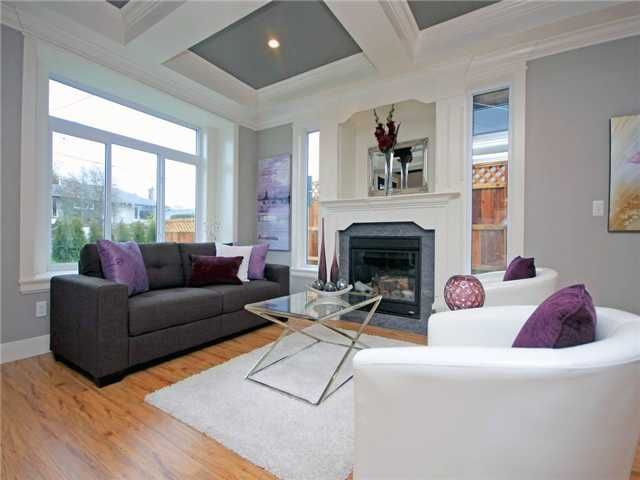FEATURED LISTING: 8433 15TH Avenue Burnaby