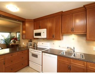 "Photo 3: 308 4001 MOUNT SEYMOUR Parkway in North Vancouver: Roche Point Townhouse for sale in ""MAPLES"" : MLS®# V809118"