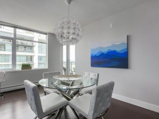 Photo 6: Luxury Living in Central Lonsdale!