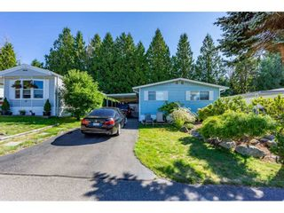 "Photo 2: 34 2315 198 Street in Langley: Brookswood Langley Manufactured Home for sale in ""DEER CREEK ESTATES"" : MLS®# R2492993"