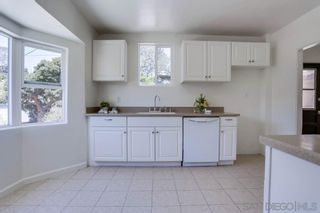 Photo 9: House for sale : 2 bedrooms : 606 Arroyo Dr in San Diego