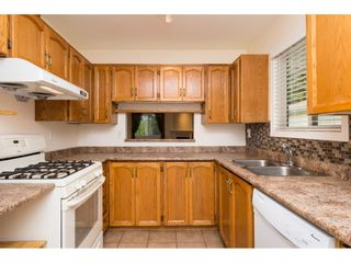 """Photo 6: 48 1400 164 Street in Surrey: King George Corridor House for sale in """"Gateway Gardens"""" (South Surrey White Rock)  : MLS®# R2101473"""