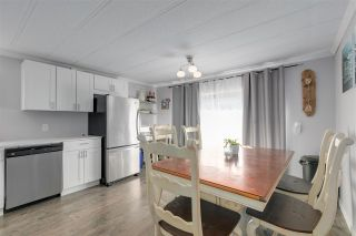 """Photo 7: 326 1840 160 Street in Surrey: King George Corridor Manufactured Home for sale in """"BREAKAWAY BAYS"""" (South Surrey White Rock)  : MLS®# R2489380"""