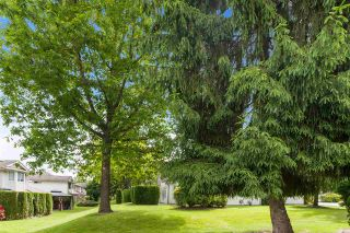 """Photo 28: 31 9045 WALNUT GROVE Drive in Langley: Walnut Grove Townhouse for sale in """"BRIDLEWOODS"""" : MLS®# R2589881"""