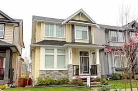 Photo 1: 10415 ROBERTSON STREET in Maple Ridge: Albion House for sale : MLS®# R2144037
