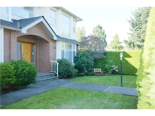 Photo 1: Photos: 468 W 28th Avenue in Vancouver: House for sale : MLS®# V1029259